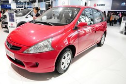 2012广州车展景逸