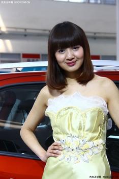 铃木可爱车模列表_香车美女-汽车点评