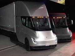 续航800公里 特斯拉推出电动卡车靠谱吗